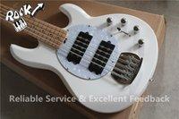 Excelente hombre Comentarios Música Ernie Ball pastinaca Bajo 5 cuerdas de la guitarra eléctrica del color blanco de arce cuello negro Golpeador HH Pastillas En stock