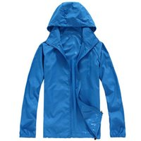 Wholesale Retail Outdoor Hiking Quick drying Skin Clothing Waterproof Soft Breathable Climb Jacket For Sport Couple Camping Rain Hoodies