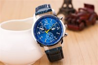 Wholesale AAA Women Wristwatches Ethnic Style Leather Strap Fashion Men And Women Wristwatches Round Analog Imitation Leather Simple Unisex Watches