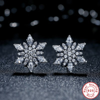 Wholesale Crystalized Snowflake Earrings Studs Genuine Sterling Silver with Clear Cubic Zirconia Original Pandora Style Earring for Women ER032