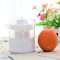 Wholesale Citrus Juicers mini juice extractor Squeezers Lemon Fruit Lime Orange Juice Maker Juicers Kitchen appliances F