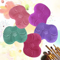 Wholesale Sucker Makeup brush Cleaning Mat Silicone Professional Pinceles Makeup Brush Washing Scrubber Board Cleaner