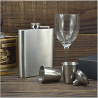 Wholesale Stainless Steel Hip Flask Portable Whiskey Wine Bottle Pocket Russian Flagon Travel Outdoor Funnel Flasks F539