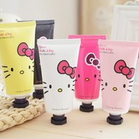 Wholesale Random delivery pc New g Cute Makeup Moisturizing Whitening Hand Cream Gift