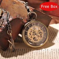 achat en gros de yeux londres-Gros-luxe royal Yeux Londres mécanique Hommes Montre de poche avec chaîne Steampunk Collier Skeleton Round Vintage Pocket Watch Box PW192