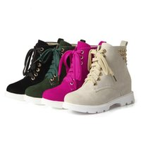 Wholesale Women Fashion Rivets Cross Strap Warm Boots Ladies Flat Shoes Woman Casual Mid Calf Boots Size K00513