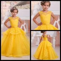 al por mayor amarillo vestidos de bola de los vestidos-Vestido de niña brillante amarillo de la flor vestidos de bola del desfile de las muchachas del cordón de las perlas de la comunión santa vestidos para bodas 2017