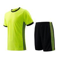 Precio de Camiseta para correr verde-Hombres Jersey de manga corta Verde fluorescente Kit de fútbol transpirable Tres rayas Running conjuntos de ropa Fútbol camisetas en blanco