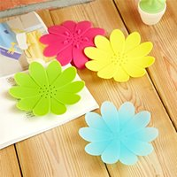 Wholesale 30 pieces Fashion Designed Flower Soap Dish Holder Silicone Soap Shell Home Hotel Bathroom Decoration Accessories