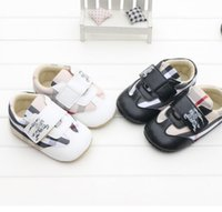 Wholesale HOT SALE newborn PU Plaid bow buckle square mouth soft bottom single toddler shoes Girl slip bottom BB infant baby shoes pair ZZ