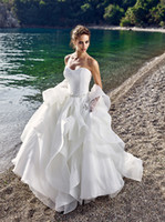 Wholesale 2017 puffy beach wedding dresses tulle tiers wedding gowns with crystals waist sweetheart backless summer bridal gowns