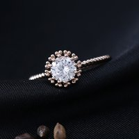 Wholesale Flower Micropave Rose Gold Plated Frame Rings Round Crystal Inlay Jewelry for Women Free Cute Box and Shipping