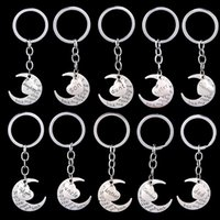Wholesale Mom Dad Daughter Sister Grandma Grandpa Brother Uncle Aunt Son I Love you to the moon and back Key Ring Xmas Gift Silver