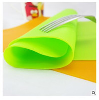 Wholesale 8 colors Mat Silicone Thicken cm Pure Color Kitchen Drawer Dinning Bowl Pad Mat Tables Coasters non slip mat H3