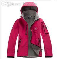 Wholesale new arrival Outdoor Waterproof softshell fleece Climbing Skiing Jacket Windbreaker Women Warm Breathable Sport Outdoor Coat