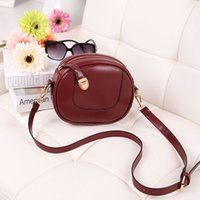 Wholesale women and lady s solid color vintage oil pu leather small messenger bags shoulder bags handbags bolsas femininas crossbody bags