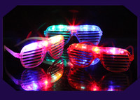 Wholesale Novelty kids Gifts Blinking LED Shutter Eye Glasses Cosplay Cheer Props LED Flashing Light Up Glasses Halloween Christmas Party Supply
