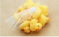 Wholesale Size4 cm Baby Bath Water Duck Toys Sounds Mini Yellow Rubber Ducks Kids Bath Small Duck Toy Children Swiming Beach Kids Xmas Gifts
