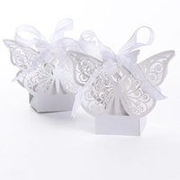 Wholesale 100pcs Butterfly Laser Cut Hollow Carriage Baby Shower Favors Boxes Gifts Candy Boxes Favor Holders With Ribbon white pink red color