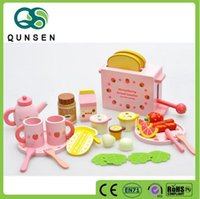 Wholesale New design for kids gift pretend play breakfast wooden kitchen sets toy