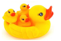 Wholesale Water Toy Kids Bath Toys Ducks Toys Baby Bathing Developmental Toys Water Floating Squeaky Yellow Rubber Ducks