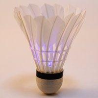 Wholesale-4pcs colorida de la noche del bádminton de iluminación LED para la espuma botón Generar Suministros juego del deporte del bádminton