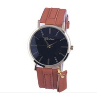 battery pendant - NEW GENEVA Restrostyle Simple style quartz watch real leather belt with pendant for both male and female