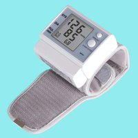 Wholesale Wrist Intelligent Blood Pressure Monitor Sphygmomanometer and tonometer to test blood pressure