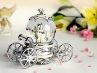 beautiful carriage - carriage marry Wings of angel music box musical box The gift to girlfriend or daughter for Christmas or birthday Lovely beautiful