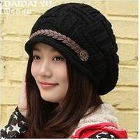 Prezzi Wool hat-2017 nuova moda coreana signore di modo cappello di lana di curling nastro inverno cappello lavorato a maglia cappello caldo orecchio fabbrica tappo all'ingrosso orecchio signora A1