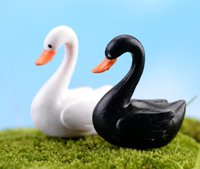 Wholesale fairy garden miniature Swan black or white artificial mini swan Ornaments decors resin crafts bonsai decors