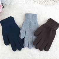 121 - Men s gloves Winter outdoor warm pure color gloves Comfortable wool knitting wool Fashionable joker priceBY