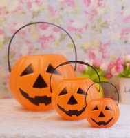 bags for stores - Classic Plastic Portable halloween pumpkin lantern Kids Children Candy bag party Halloween props for Home store Smile face Free express