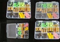 62pcs / set Fishing Tackle Box, perles lumineuses / Sinkers Cuivre de pêche / Pêche Crochets / mous Lure pêche Accessoires Outils Set