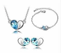 Wholesale 2016 Fashion Austrian Crystal Heart Pendant Necklace Earrings and Bracelet Woman Jewelry Set