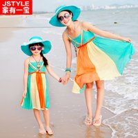 beach attire women - Brand Summer Family Matching Clothing Outfit Parent Child Attire Mom Girls Cotton Blocking Beach Seaside Slip Dress