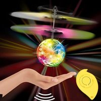 Wholesale New High Quality Mini Children Flying Crystal Ball LED Flashing Stage Light Aircraft Helicopter For Home Entertainment