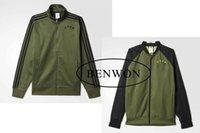 Wholesale Benwon Germanyy army green football jacket adult s outdoor soccer coats thai quality winter sports hoodies full sleeve football wear