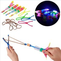 Wholesale Flash Copter LED Slingshot Helicopter Flare Glow Sling Arrow Shot Copter Glitter Light Emitting Arrow Flying Toys Outdoor Fun Sports