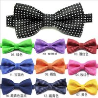 Wholesale Hug Me Formal commercial bow tie fashion men women bow ties for boys accessories butterfly cravat bow tie butterflies M