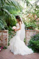 Wholesale Pure White Romantic Lace Mermaid Wedding Dress vestidos de noiva Court Train Bridal Gown with Ruffles Casamento