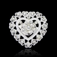 Wholesale Fashion Shining Beautiful Silver Gold Plated Clear Rhinestone Crystal Small Heart Rhinestone Brooch Bouquet for wedding women pins DHH178