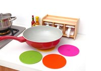 Wholesale Table Mats Colors Non Slip Heat Resistant Mat Coaster Cushion Placemat Pot Holder Table Silicone Mat Kitchen Accessories