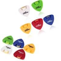 Wholesale Portable Colors Alice Plactic Triangle Shape Guitar Pick Plectrum Holder Cases Pick Not Included