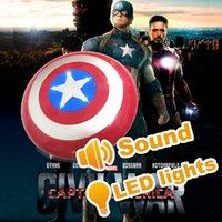 al por mayor apoyos de la película avengers-Zorn -Marvel Vengadores película Capitán América 3: guerra a lo escudo de plástico Juguetes civiles Diámetro 32 CM con el sonido y la luz cossplay Apoyos 2016