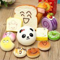 Wholesale-2016 12pcs / lot enviados al azar Kawaii Squishies Lotes magdalenas Panda Bun Tostadas Multi Donuts Squishiy