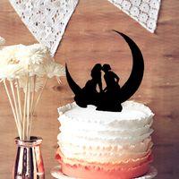 Wholesale Same Sex Cake Topper for Wedding Decor Lesbian Kissing on the Moon Wedding Cake Topper Bride Bride Cake Topper