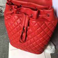 Wholesale The new hot money ms ling case grain sheepskin fashion chain backpack