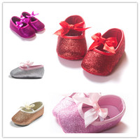Wholesale 5colors Baby Girls shiny Bowknot Princess shoes infants anti slip bow blingbling pre walkers girls Soft Sole party shoes T