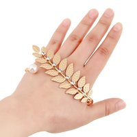Wholesale European Cuff Bracelets Rings Women Vintage Plam Bangles Fashion Crystal Leaf Charms Bracelets Fine Jewelry for Party Statement Fine Jewelry